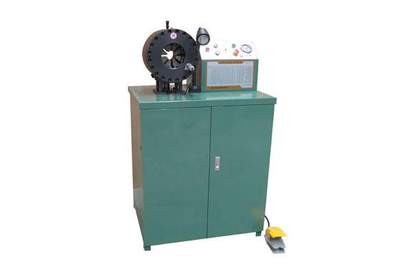 Hidraulikus cső krimpelőgép